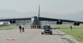 Legendárny bombardér pristál na Sliači